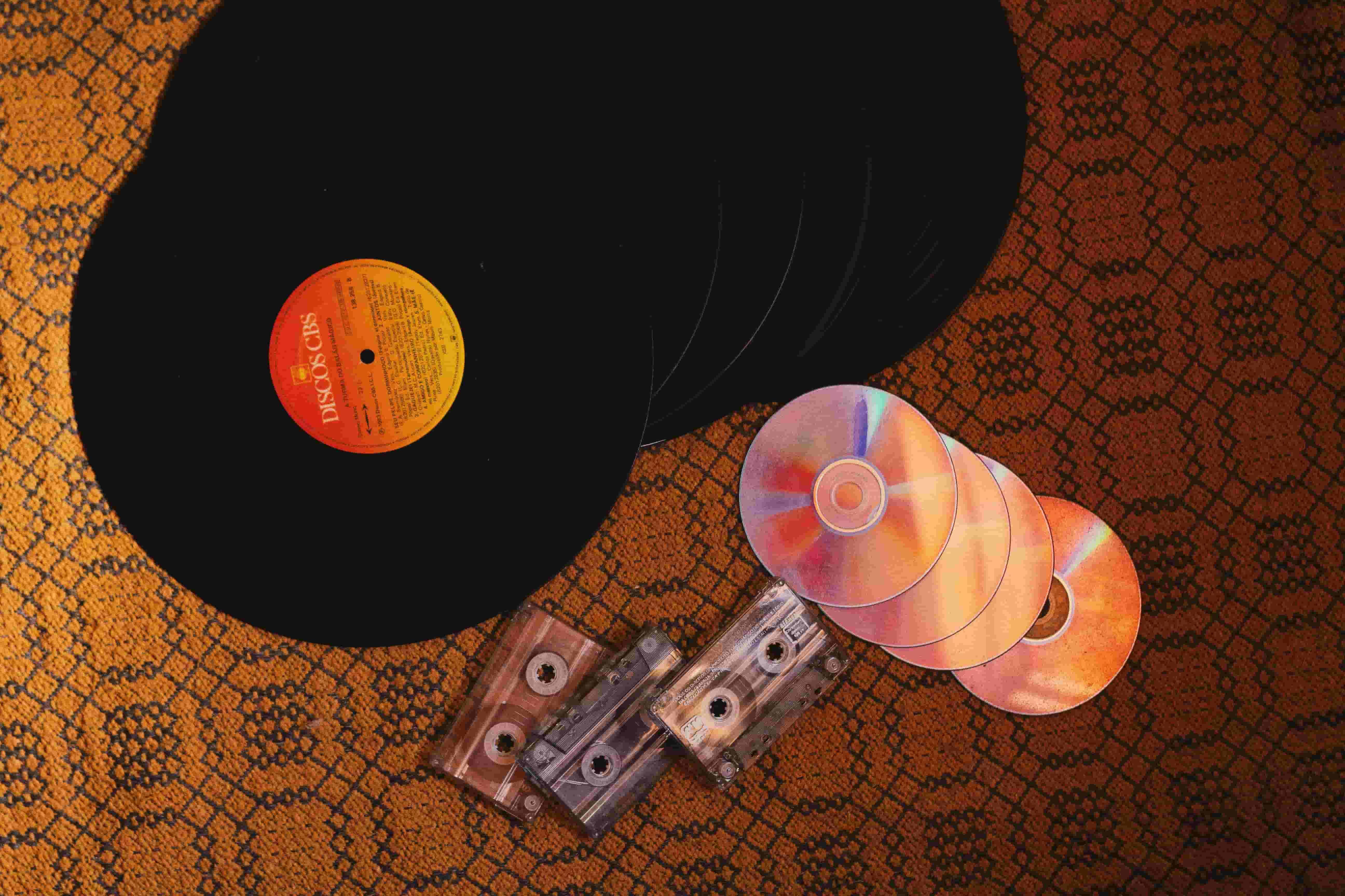 ケツのデモ 感想や収録曲や歌詞、メンバーの音楽の方向性について